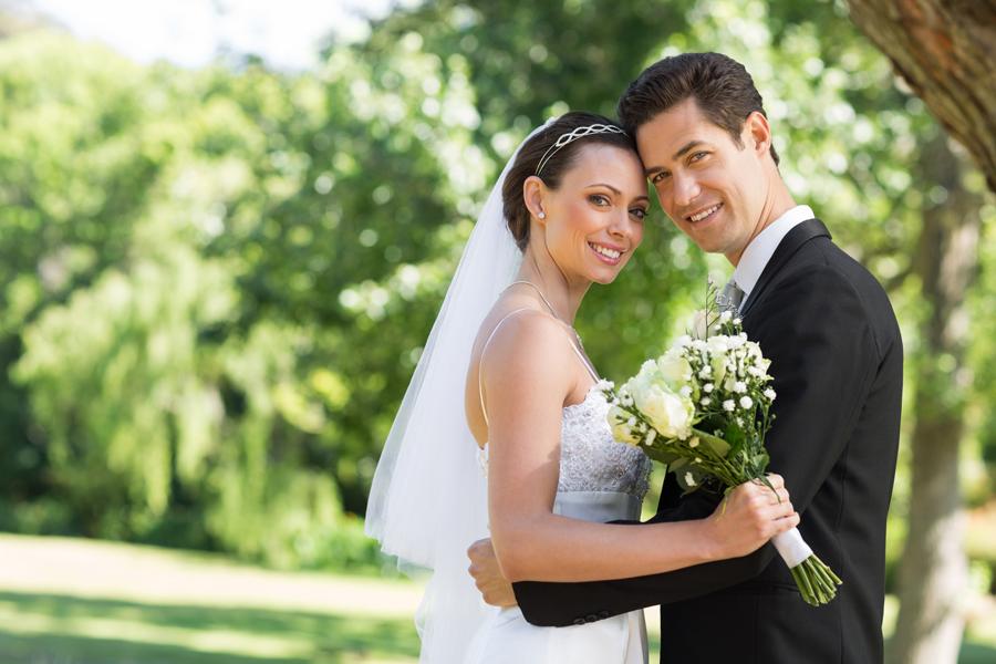 800c6c5cbf225 二次会ドレス!花嫁さんに人気のスタイルと選び方教えます。